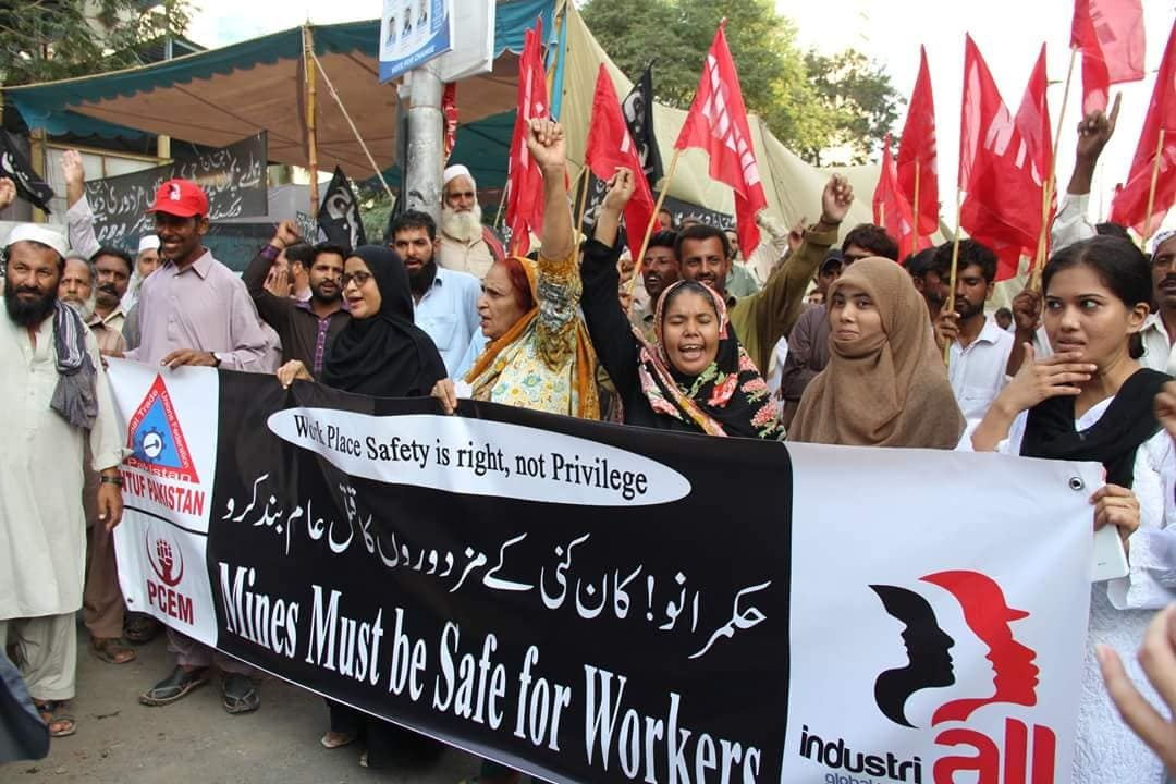 Black Day: unions in Pakistan protest mine deaths | IndustriALL