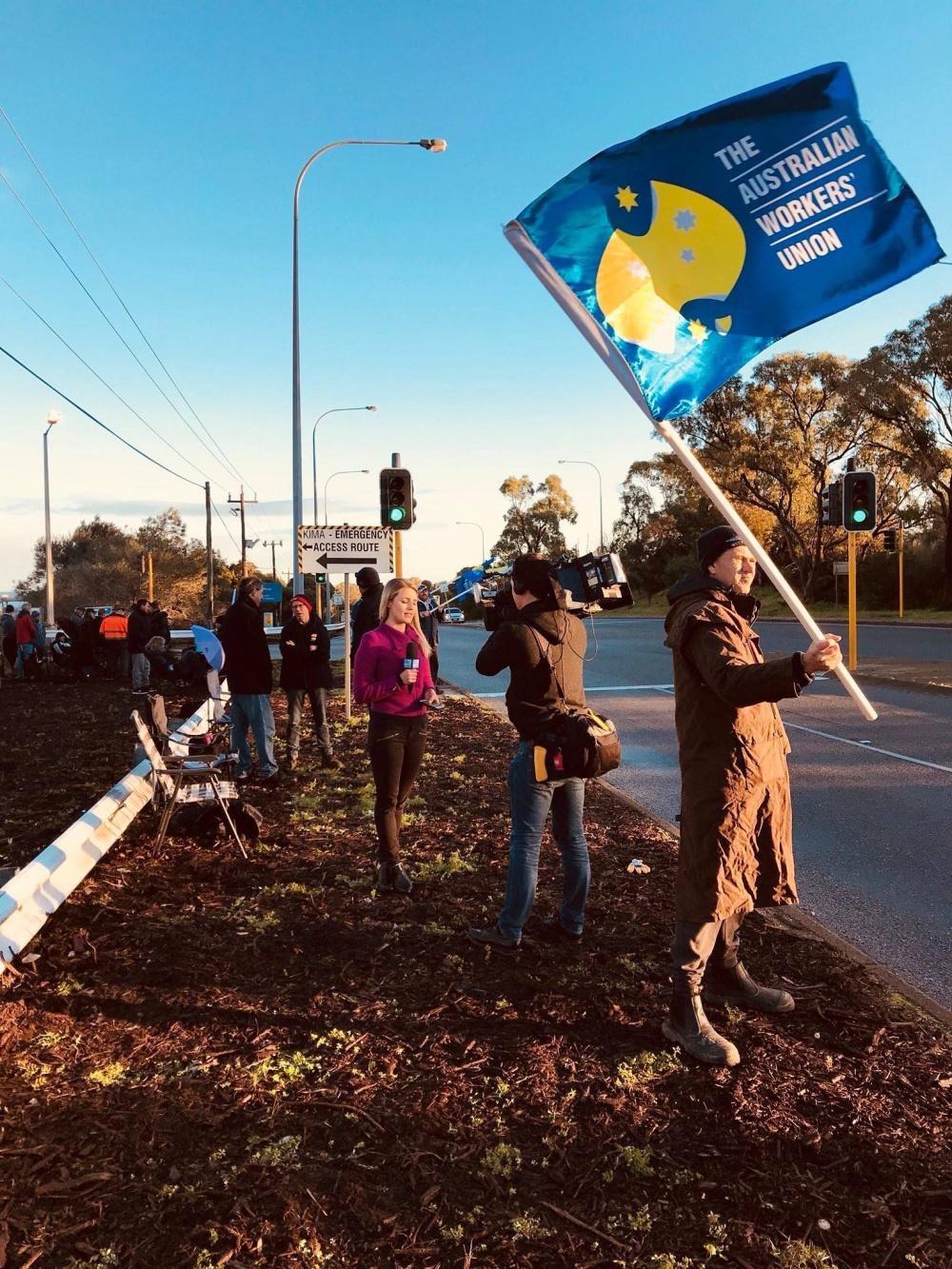 Australie : 1 600 travailleurs d'Alcoa en grève pour la