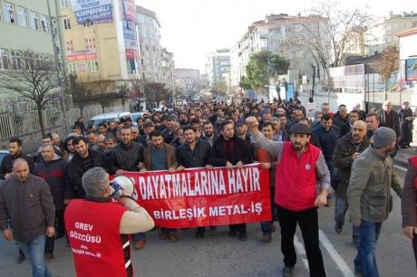 Solidarité internationale avec les grèves géantes des métallos Turques